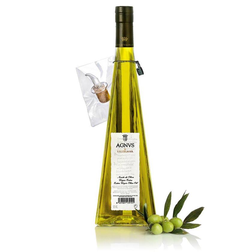 Aceite de Oliva Virgen Extra de la marca Agnvs, elaborado únicamente con aceitunas de la variedad Arbequina. Un aceite de oliva muy sabroso y de gran intensidad aromática.