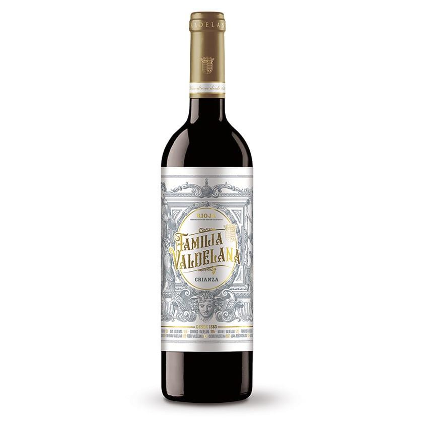 El vino crianza de Familia Valdelana se compone de un 95% de uva tempranillo y un 5% de mazuelo, lo que le permite un largo envejecimiento. 12 meses en barrica.