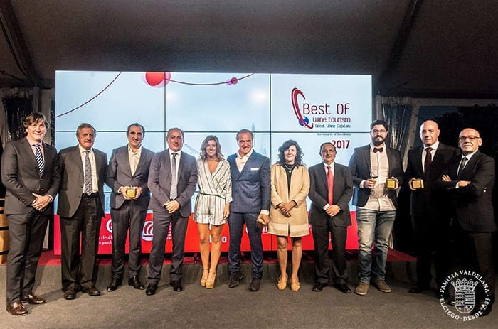 Bodegas Valdelana recibe en galardón a la mejor bodega en Arte y Cultura en los premios Best Of de 2017