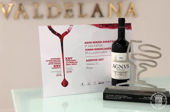 Nuestro Agnvs joven recibe el premio al mejor vino singular de la fiesta de la vendimia de Rioja Alavesa