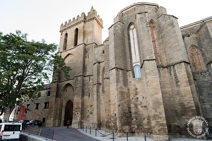 Puerta amurallada de Laguardia, uno de los pueblos más bonitos de Rioja Alavesa (País Vasco)