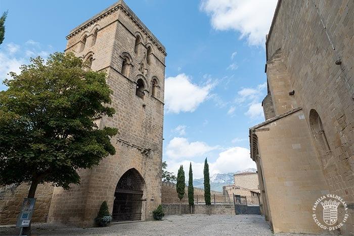 Campanario y torre Abacial en Laguardia (Rioja Alavesa, País Vasco)