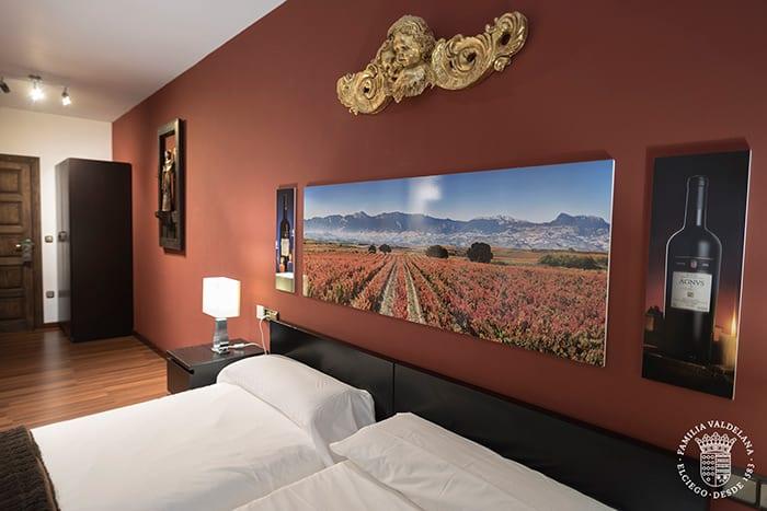 Habitación del agroturismo de Bodegas Valdelana (Elciego, Rioja Alavesa)