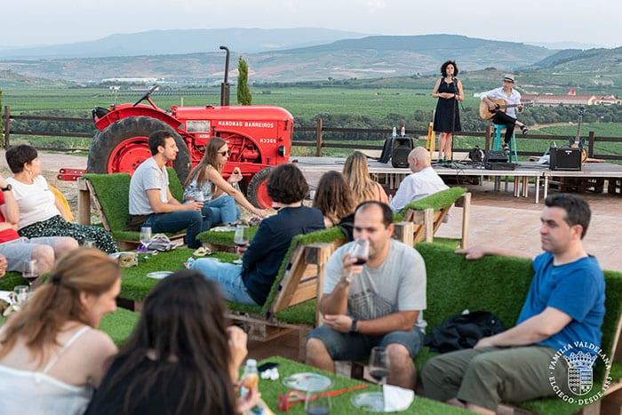 Música en directo durante un maridaje estelar de Bodegas Valdelana (Elciego, Rioja Alavesa)